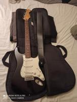 Fender Strat Mex. + Sangle + Housse