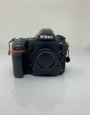 Appareil photo Nikon D850 en parfait état à vendre