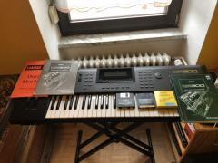 Yamaha QS300 music production Synthesizer